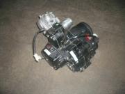 двигател полуавтоматик  4 скорости  80сс за мотопеди LF__SUKIDA