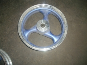 джанта предна за скутер 3,5х13 в син цвят за дискова спирачка
