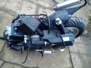 двигател  4 тактов за китаиски скутер 12 цолова гума
