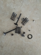 клапани  пълен к-т за мотопед крос и АТВ 80-110-125сс